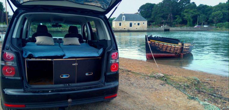 Voici comment transformer votre voiture en un mini camping car
