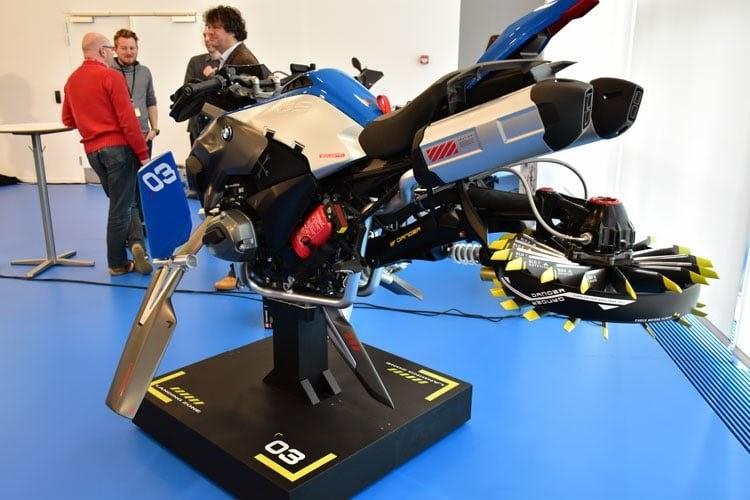 Moto volante BMW